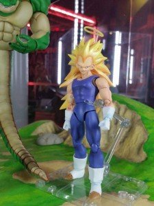 Sh Figuarts Super Saiyan 3 Vegeta at Tamashii Nation 2015
