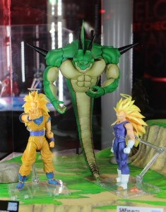 SH Figuarts Super Saiyan 3 Vegeta, Goku and Porunga at Tamashii Nation 2015