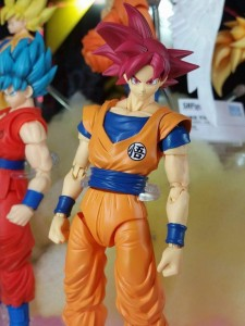 SH Figuarts Super Saiyan God Goku at Tamashii Nation 2015
