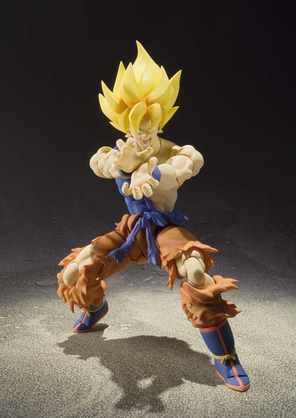 S.H. Figuarts – Super Saiyan Son Goku Warrior Awakening