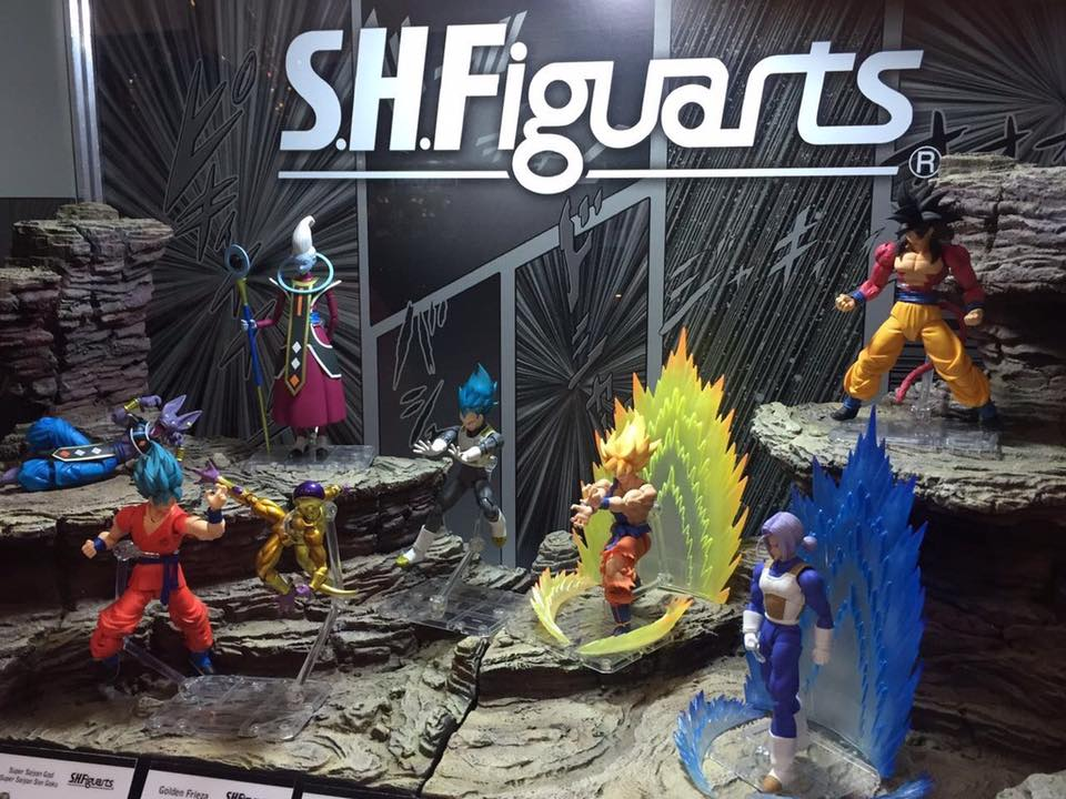SH Figuarts Super Saiyan 4 Goku at La Mole Comic Con