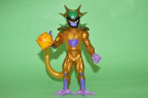 Golden Frieza and Cell had a child. Somebody should kill it with fire.